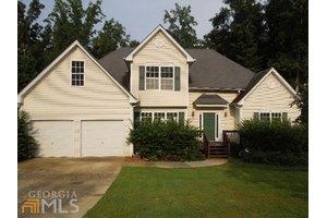 142 Oakridge Ct, Douglasville, GA 30134