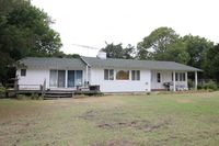 1412 Waterlily Rd, Coinjock, NC 27923