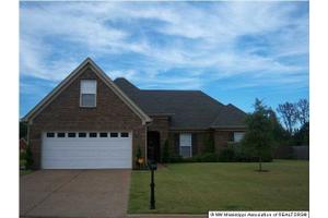 2750 Harvest Tree Dr, SOUTHAVEN, MS 38672