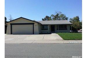 8439 Roxburgh Way, Stockton, CA 95209