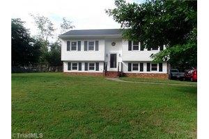 169 Ivy Yokeley Rd, Winston Salem, NC 27107