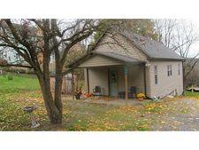 102 Campbell Ave, Leechburg, PA 15656