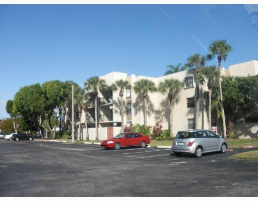 10835 SW 112th Ave Apt 211 Miami, FL 33176