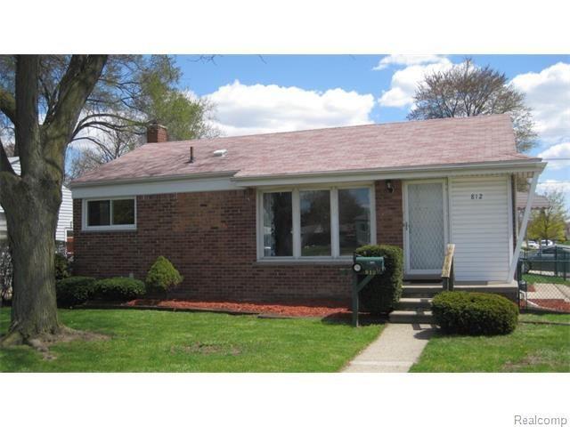 812 Middlebelt Rd Garden City Mi 48135 Home For Sale