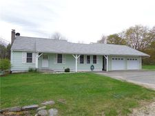 902 Foxes Ridge Rd, Acton, ME 04001