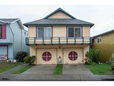 1379 Skyline Dr, Daly City, CA 94015