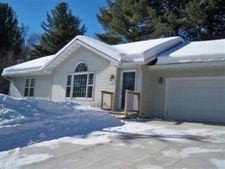 610 Smith St, Merrill, WI 54452