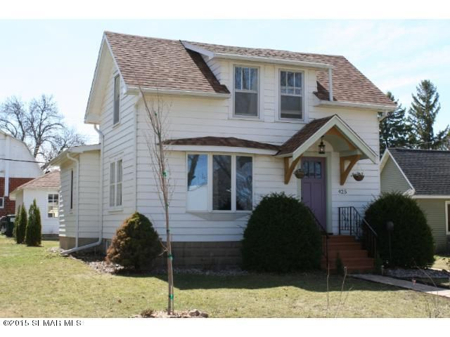 425 gunderson blvd kenyon mn 55946 home for sale and real estate listing