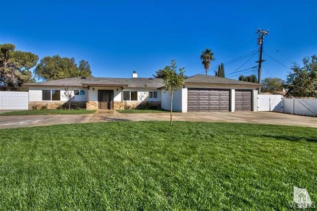 1752 montgomery rd thousand oaks ca 91360 home for for Estate sales thousand oaks