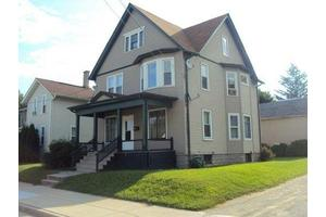 803 S 3rd St, Watertown, WI 53094