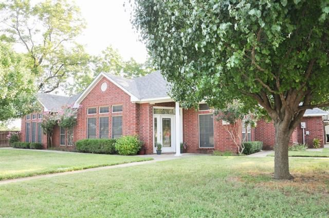 100 Ginger Dr Pottsboro Tx 75076 Home For Sale And