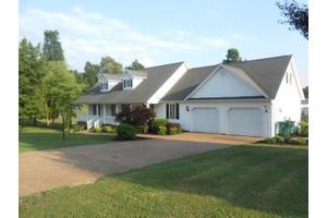818 Coventry Trl, Paducah, KY 42003