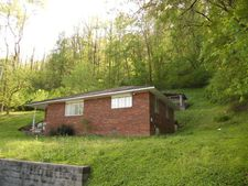 920 River Front Rd, Lovely, KY 41231