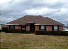 9915 Crooked Creek Cir, Byram, MS 39272