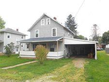 9305 Oak Ave Se, East Sparta, OH 44626