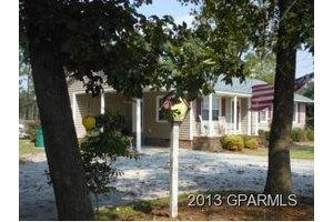 197 Shady Grove Church Rd, Snow Hill, NC 28580