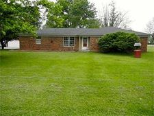 103 S Rosewood Dr, Kennard, IN 47351