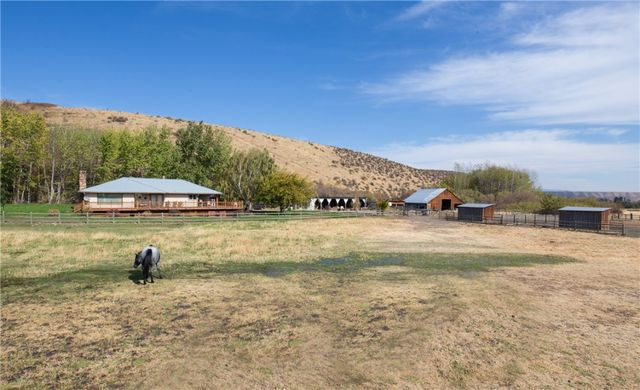 3661 E Taneum Rd Rd Thorp Wa 98946 Home For Sale And