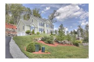 50 Monument Hill Rd, Pelham, NH 03076