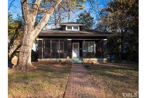 1626 Park Dr, Raleigh, NC 27605