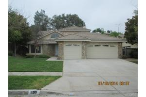 850 Sugar Maple Ln, Corona, CA 92881