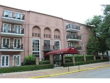3000 St Charles Ave Apt 210, New Orleans, LA 70115