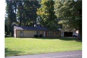 8932 Powell Rd, Charlotte, NC 28215