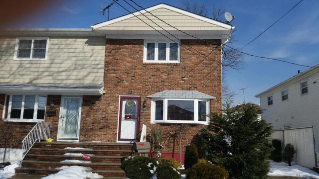 Broadside Ranch For Sale Staten Island