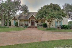 29023 Cloud Croft Ln, Fair Oaks Ranch, TX 78015