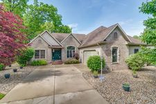 53445 Winterberry Ct, South Bend, IN 46637