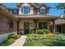 2429 Creek Villas Dr, Bedford, TX 76022
