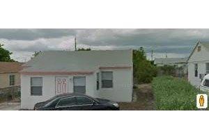 840 W 3rd St, Riviera Beach, FL 33404