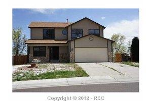 557 Kearney Ave S, Colorado Springs, CO 80906