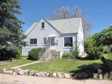 1834 E 18Th St, Cheyenne, WY 82001