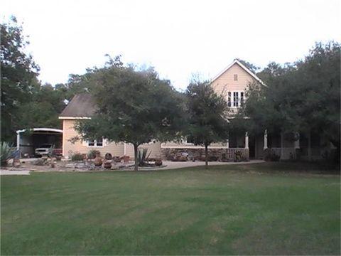 20611 Bent Oak Ln, Damon, TX 77430