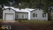 1098 Reynolds Ct, Morrow, GA 30260