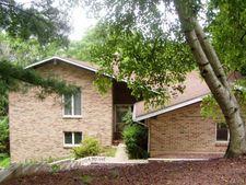 51 Stonecroft Dr, Palmer Township, PA 18045