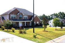 9394 Waters Edge Dr, Jonesboro, GA 30236