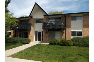 10a Kingery Quarter Apt 201, Willowbrook, IL 60527