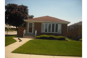 8201 W Giddings St, Norridge, IL 60706