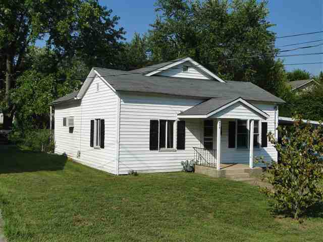 414 w cale st monett mo 65708 2 beds 1 baths home for The family room monett mo