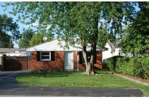 1067 Imperial Blvd, Kettering, OH 45419