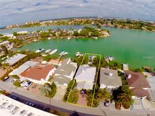 8505 Blind Pass Dr, Treasure Island, FL 33706
