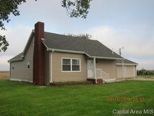 171 E 1300 North Rd, Pawnee, IL 62558