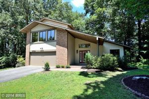 6724 Pine Creek Ct, Mclean, VA 22101