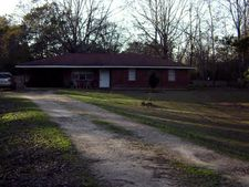 761 Macedonia Rd, Centerville, MS 39631