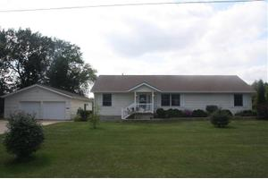 120 12th Ave NW, Oelwein, IA 50662