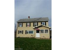 456 Silvercrest Dr, Wadsworth, OH 44281
