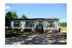 662 Griffin Lake Rd, Guyton, GA 31312