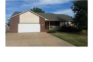 1312 N Main St, Garden Plain, KS 67050